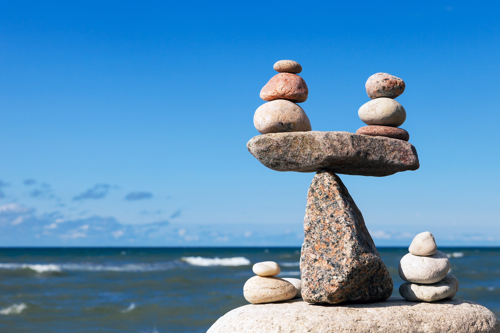 workload balancing The cluster workload management algorithm the workload management algorithm uses workload balancing attributes and many rules to select the final destination for messages being put onto cluster queues.